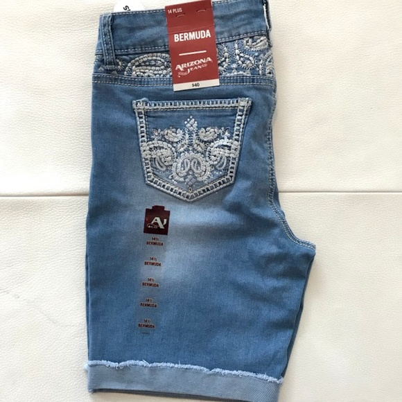 NWT Arizona Jean Shorts Girls 2T Embroidered Denim